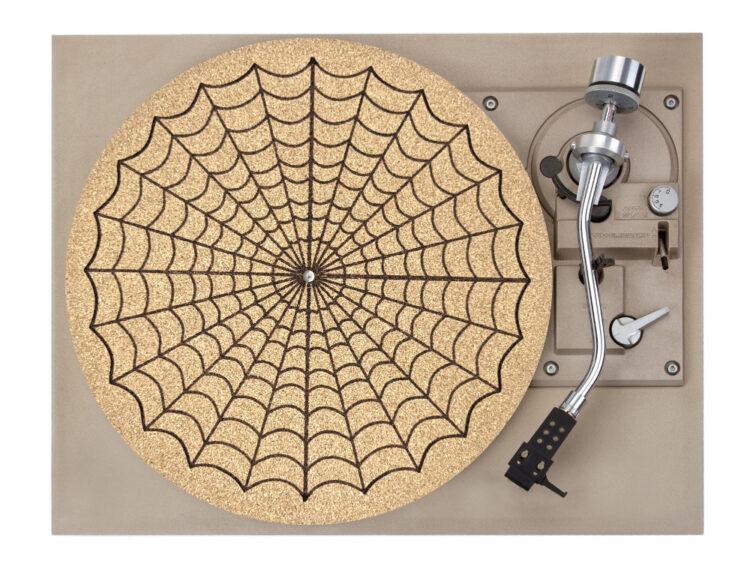 Spiderweb Platter Mat Record Player